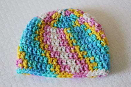 30-minute-newborn-beanie-hat-free-crochet-pattern