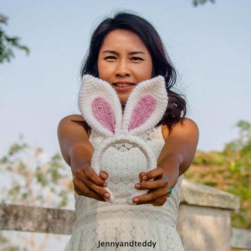 30 Minutes Bunny Ear Headband Free Crochet Pattern