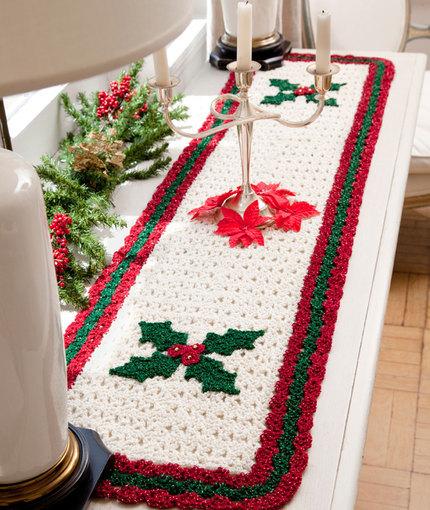 berry-leaf-table-runner-crochet-pattern