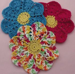 Blooming Flower Dish Cloths Free Crochet Pattern