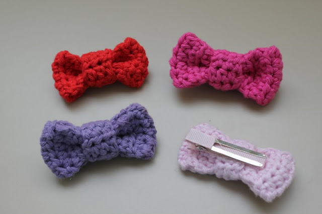 Bow Hair Clip Free Crochet Pattern