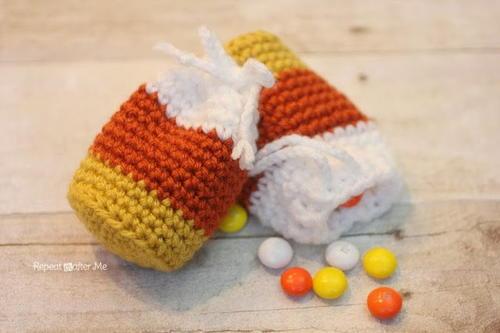 Candy Corn Pouch Free Crochet Pattern