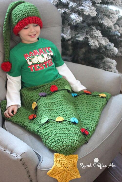 Christmas Tree Blanket Tail Free Crochet Pattern