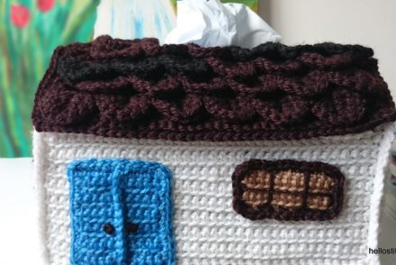 Country House Tissue Box Free Crochet Pattern