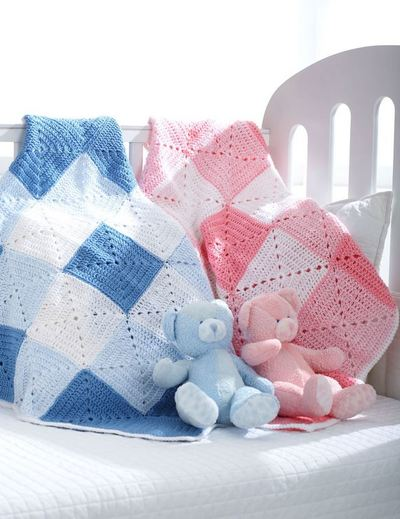Double Diamond Baby Blanket Free Crochet Pattern