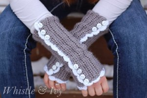 downton-abbey-arm-warmers-free-crochet-pattern