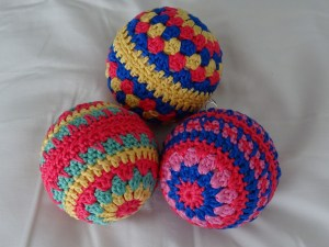 Easy Bauble Free Crochet Pattern