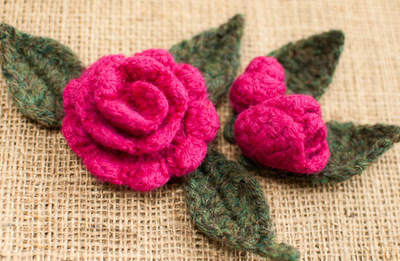 felted-leaves-and-rosebuds-free-crochet-pattern
