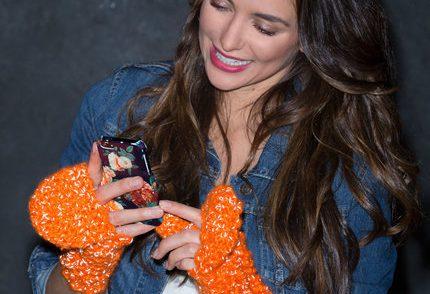 funky-flip-top-mitts-free-crochet-pattern