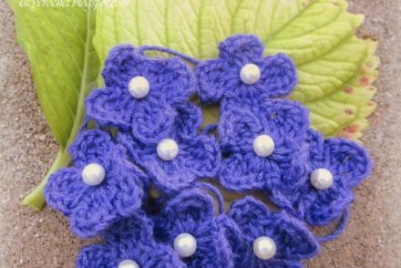 Glamorous Pearl Center Flowers Free Crochet Pattern