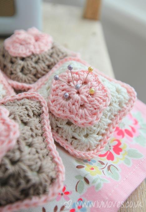 Granny Square Pin Cushion Free Crochet Pattern