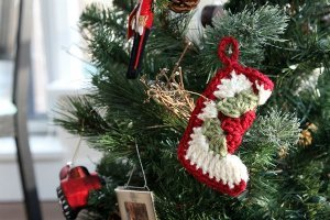 granny-square-stocking-ornament-crochet-pattern