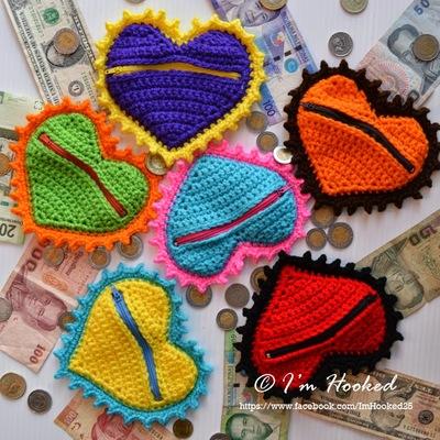 heart-coin-purse-free-crochet-pattern