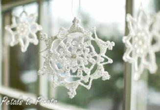 Lacy Snowflake Free Crochet Pattern