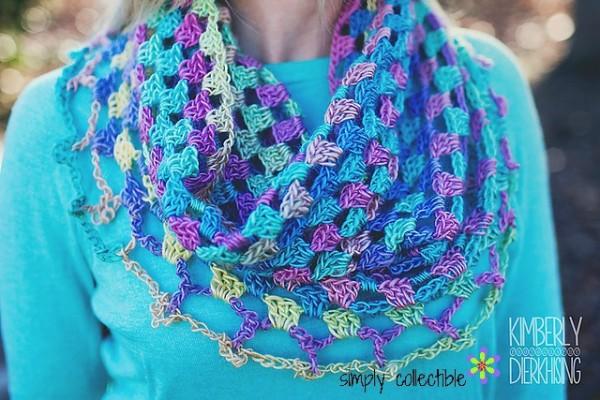 Lily's Sweetheart Cowl Free Crochet Pattern