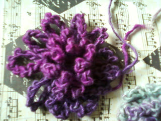 Loopy Flower Brooch Free Crochet Pattern