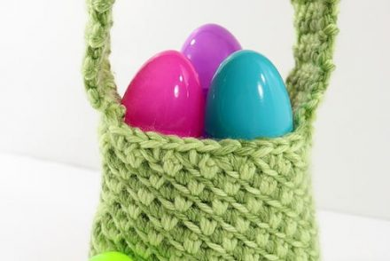 Mini Easter Basket Free Crochet Pattern