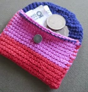 Mini Hold All Purse Free Crochet Pattern