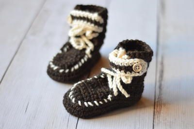 moccasin-baby-booties-free-crochet-pattern