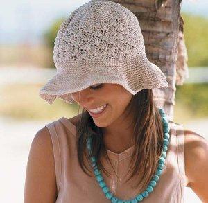 natural-colored-floppy-brim-hat-free-crochet-pattern