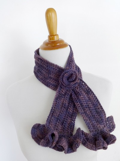 one-skein-vintage-blossom-crochet-scarf-free-crochet-pattern