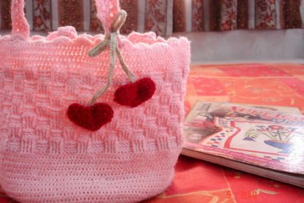 Pink Sweetheart Bag Free Crochet Pattern