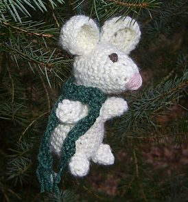 Pip the Mouse Christmas Ornament Free Crochet Pattern