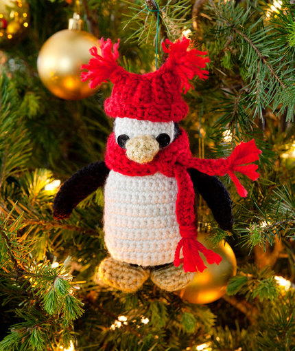 Pipsqueak Penguin Ornament Free Crochet Pattern