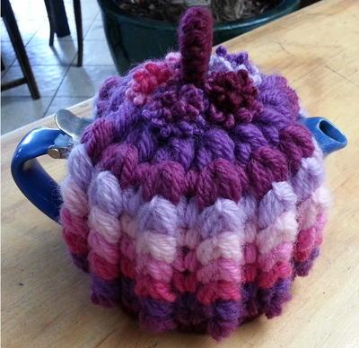 Puffy Rib Tea Cosy Free Crochet Pattern