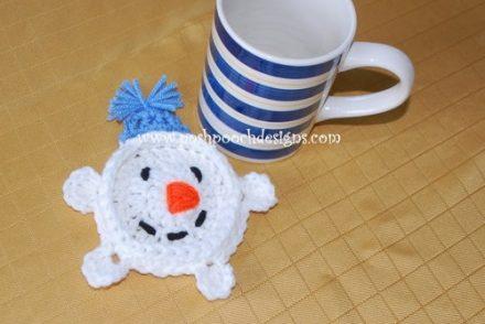 Quick Snowman Coaster Free Crochet Pattern