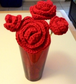 red-valentine-roses-free-crochet-pattern
