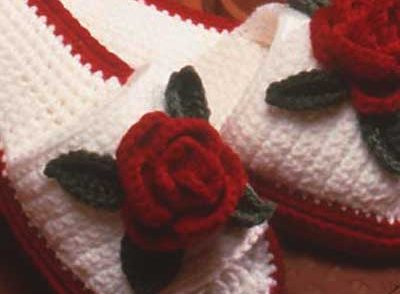 Rose Slippers Free Crochet Pattern