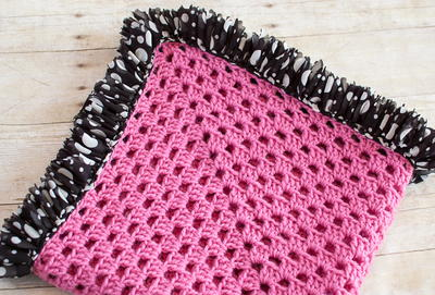 Ruffle Edged Baby Blanket Free Crochet Pattern