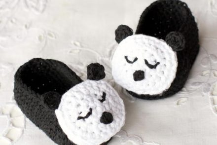 Sleepy Panda Baby Booties Free Crochet Pattern