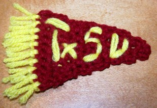 Sports Pennant Fridgie Free Crochet Pattern