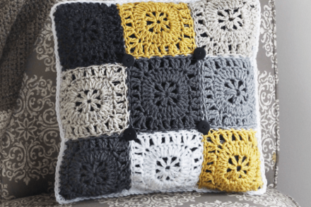Squared Off Pillow Free Crochet Pattern