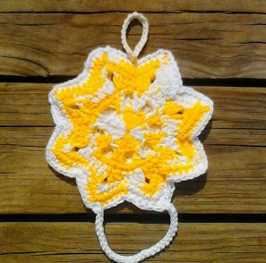 Star Towel Holder Free Crochet Pattern