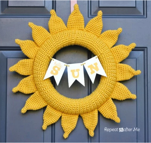Sunshine Wreath Free Crochet Pattern
