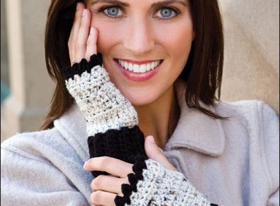 Super-Easy Fingerless Mitts Free Crochet Pattern