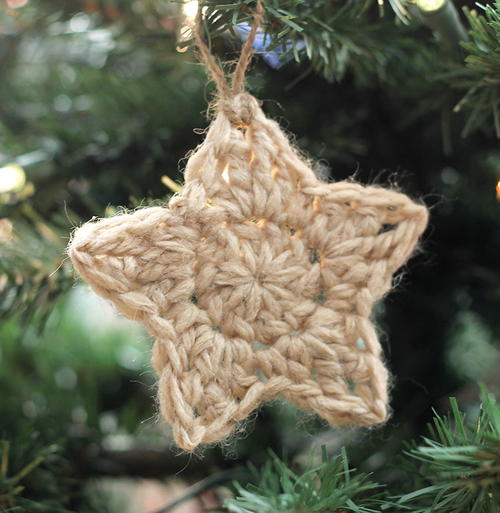 Sweet & Simple Christmas Star Free Crochet Pattern