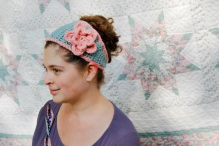 Tapered Flower Headband Free Crochet Pattern