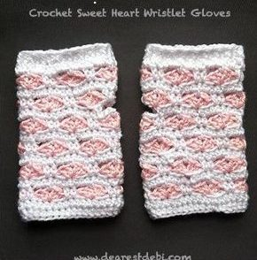 Valentine's Fingerless Gloves Free Crochet Pattern