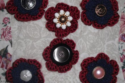 Vintage-Button-Crochet-Flower