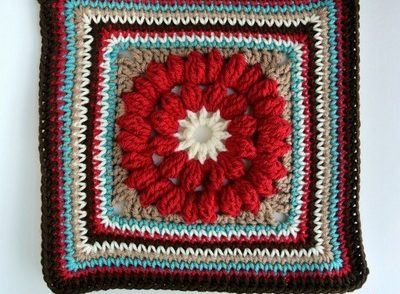 whimsical-granny-square-flower-free-crochet-pattern