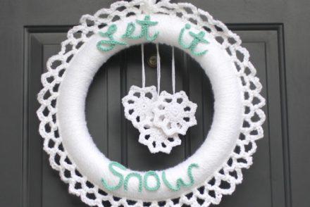 Winter Wreath Free Crochet Pattern